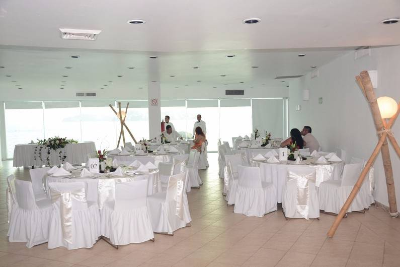 Hotel Calinda Beach 13