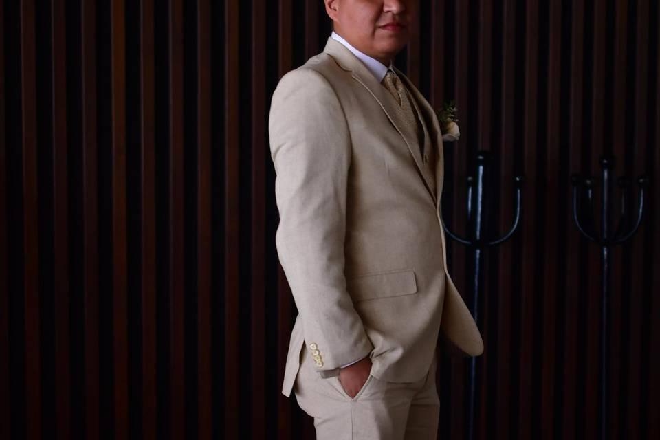 Deluxe Tuxedo 2