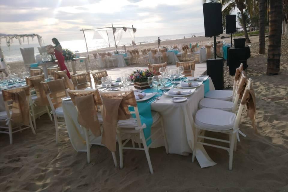 Aida's Banquetes 16