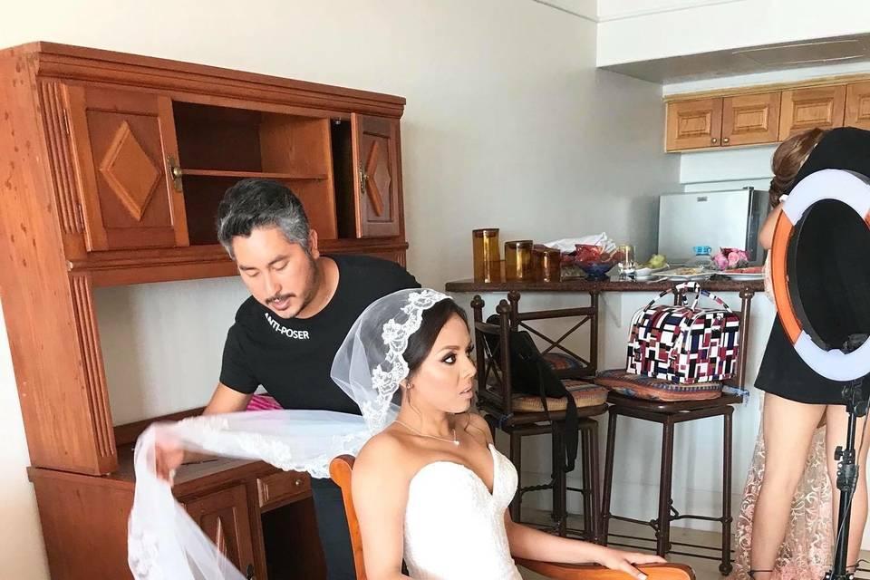 Karlos Guerrero Bridal Room 29