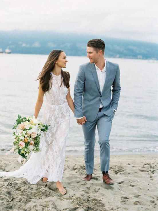Ayuda: ideas vestidos de novia y damas para playa. - 12