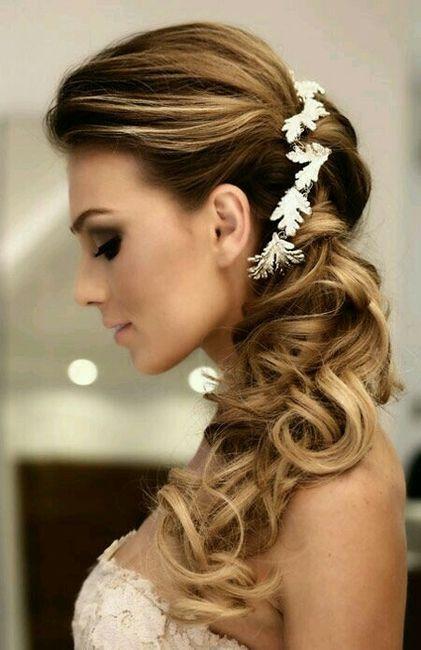 Peinados de moda para vestidos strapless
