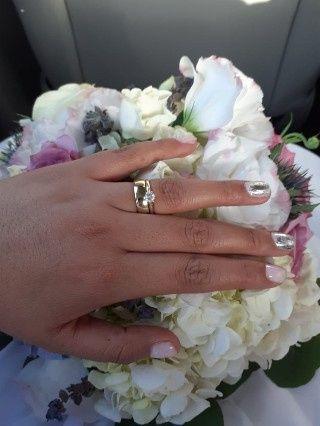 Hubiera elegido otro anillo de compromiso: ¿V o F? 10