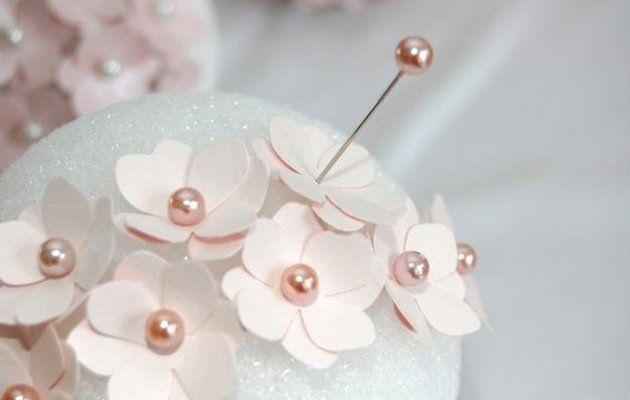 esferas florales para decorar una boda