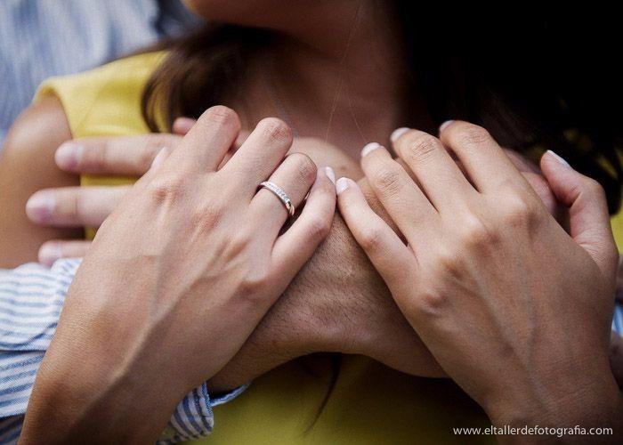 e58adf4848ce COMPROMISO  este anillo se entrega cuando están dispuestos a contraer  matrimonio y compartir sus vidas juntos. Usualmente contiene un diamante o  alguna ...