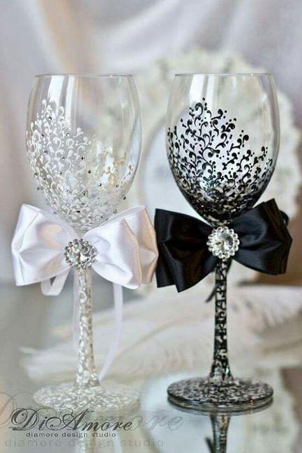 Ideas de copas para el brindis foro organizar una boda - Copas decoradas con velas ...