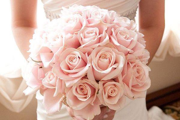 Ramo de novia para vestido rosa