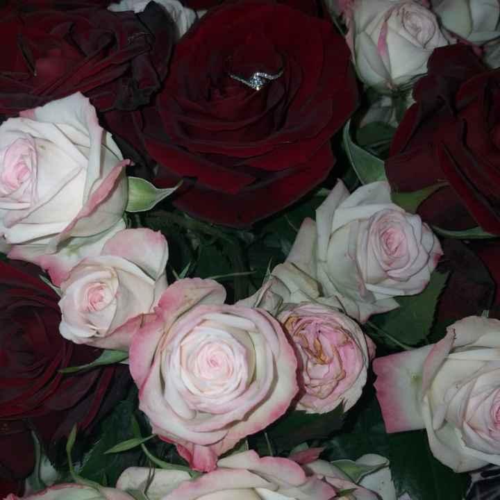 Fotos de anillos de compromiso con flores 💍 - 1
