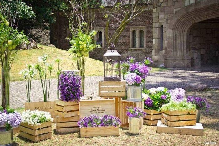 Cajas de madera con flores foro manualidades - Jardines decorados con madera ...
