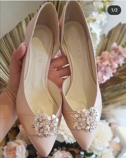 ¿Ya compro los zapatos?  🤯 2