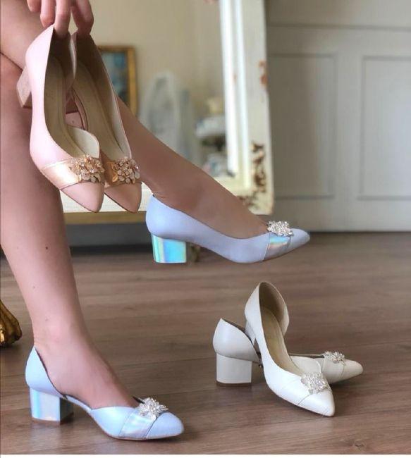 ¿Ya compro los zapatos?  🤯 - 1