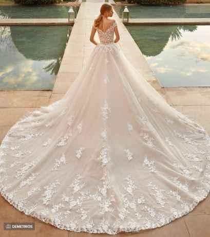 Vestidos de novia con mucho volumen - 1