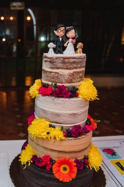 Pasteles de boda con flores 24