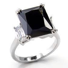 Anillos de compromiso diamante negro