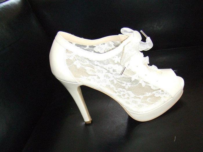 20704c2e Q zapatos devo de usar comodidad o hermosura????????? - Foro Moda Nupcial -  bodas.com.mx