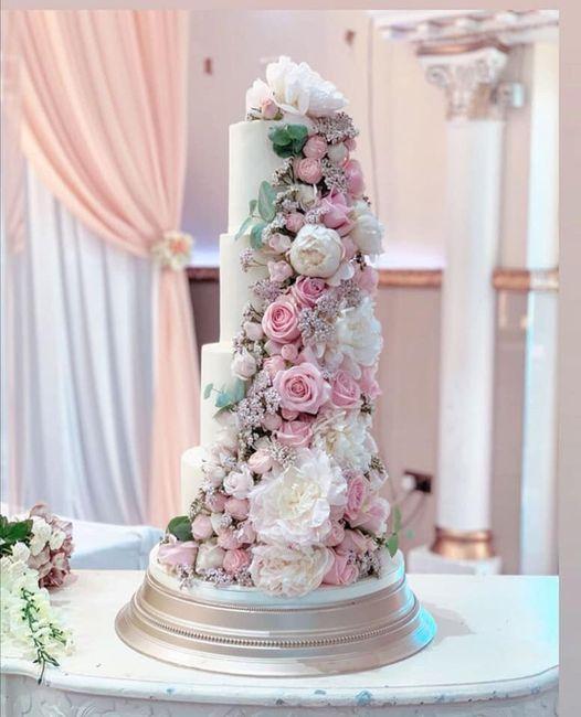 Pasteles de boda con flores 1