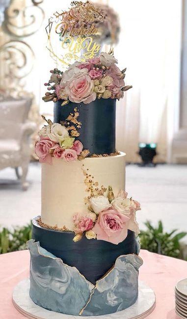 Pasteles de boda con flores 4