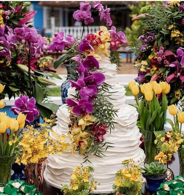 Pasteles de boda con flores 10