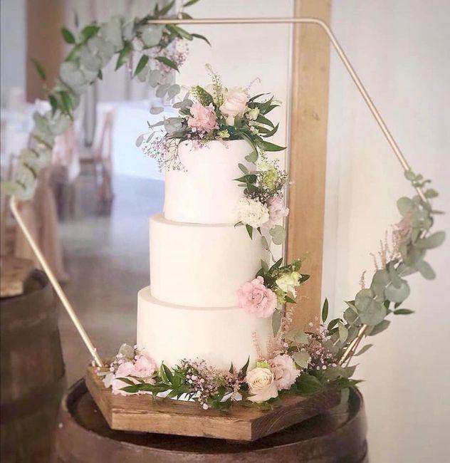 Pasteles de boda con flores 18