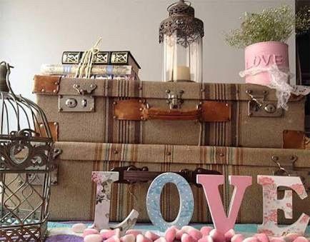 Decoraci n vintage con maletas foro organizar una boda for Maletas vintage decoracion
