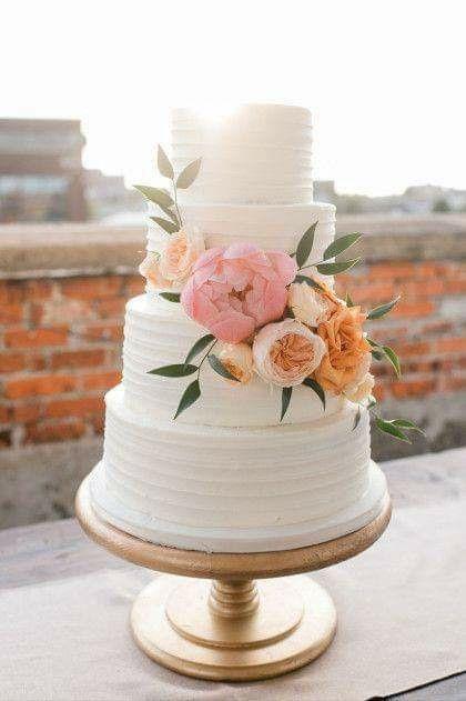 Pasteles con un toque floral 🍰🌼🌻🌷🌹 5