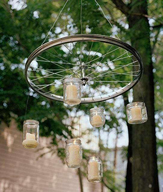 Utiliza ruedas como decoración 2