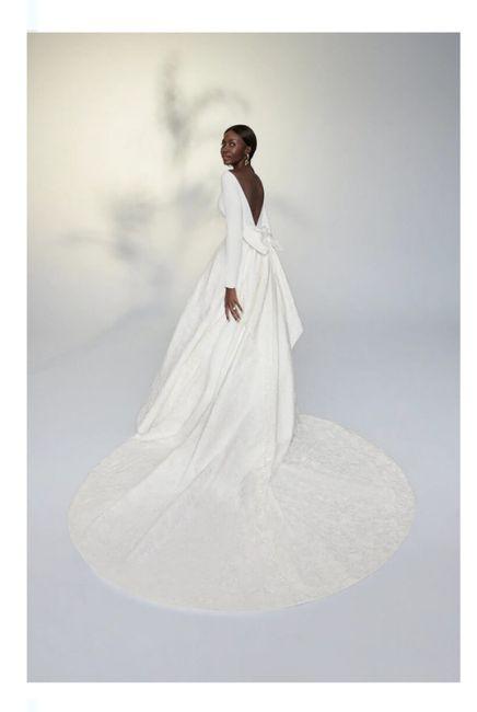 Vestidos colección primavera 2022 Justin Alexander 15