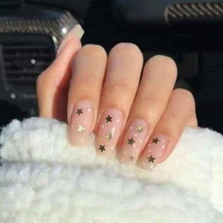 Luna y estrellas en tus uñas - 13