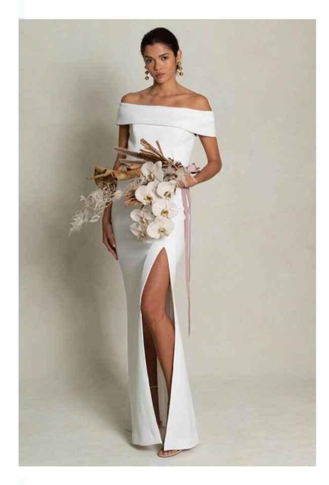 Vestidos colección otoño 2021 Rebecca Vallance 1