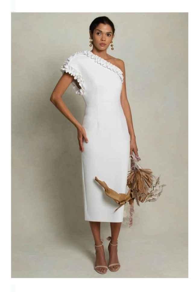 Vestidos colección otoño 2021 Rebecca Vallance 11