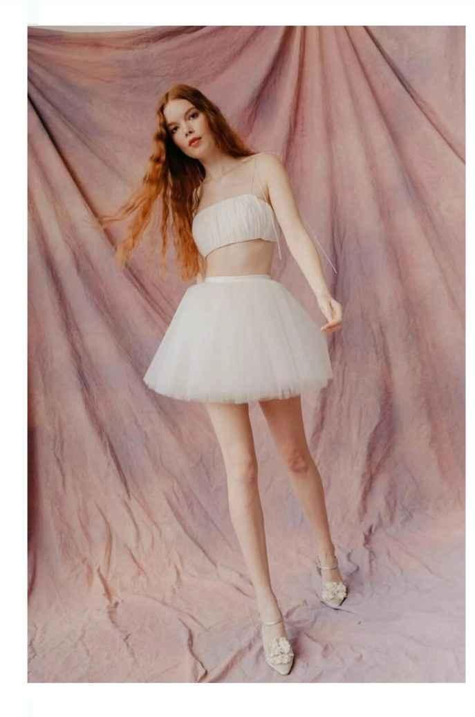 Vestidos colección otoño 2021 Lauren Wells 1