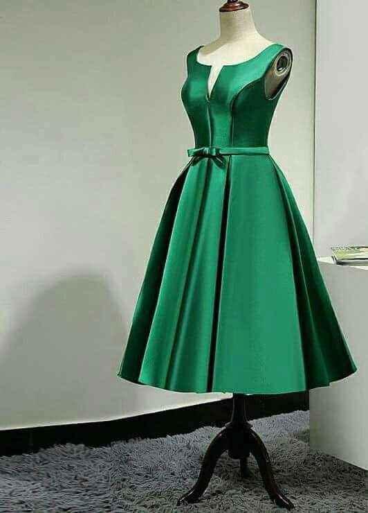 Vestidos para damas con acentos en verde esmeralda 2