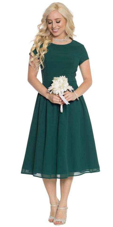Vestidos para damas con acentos en verde esmeralda 3