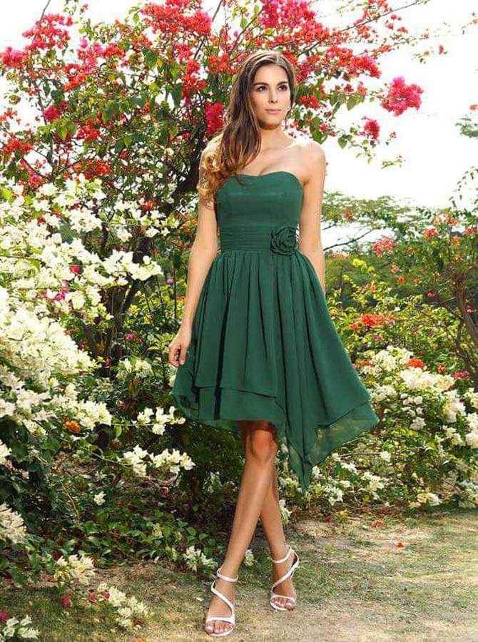 Vestidos para damas con acentos en verde esmeralda 5