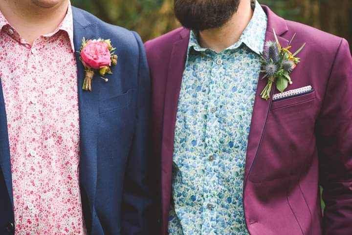 Flores en el outfit del novio 4