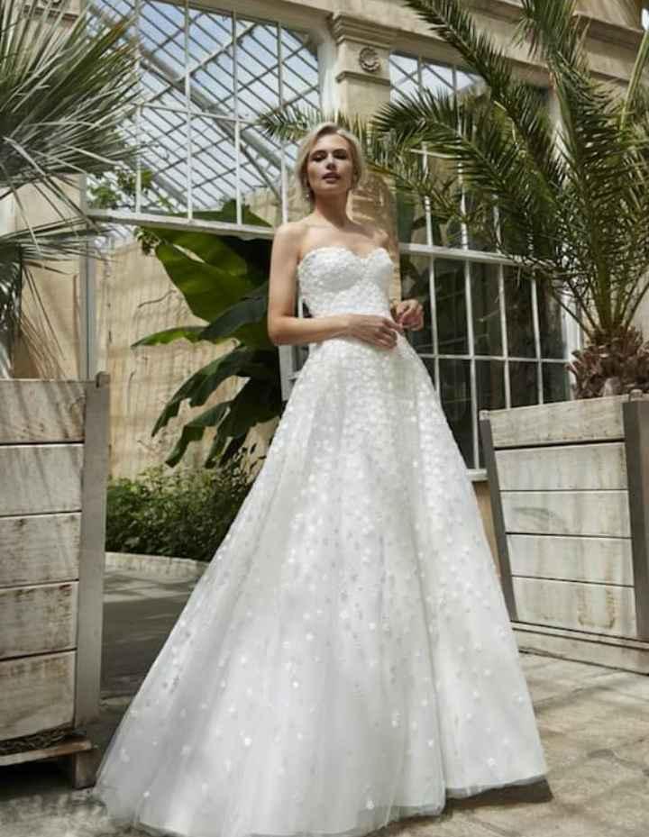 Vestidos colección 2021 Asteria by Sassi Holford 4