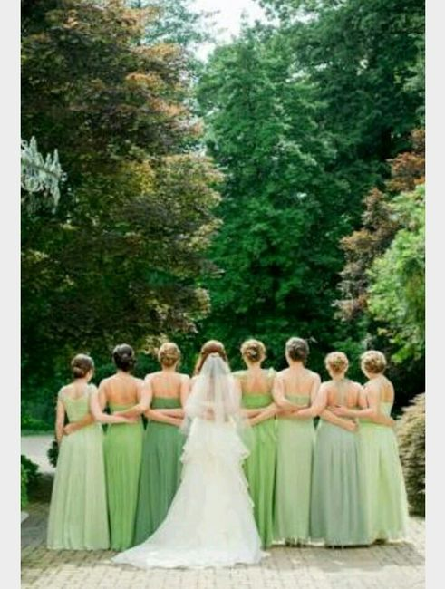 Vestidos de novia verde militar