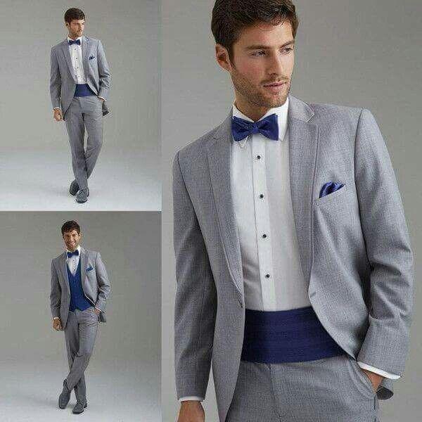 Trajes de novio para boda color gris