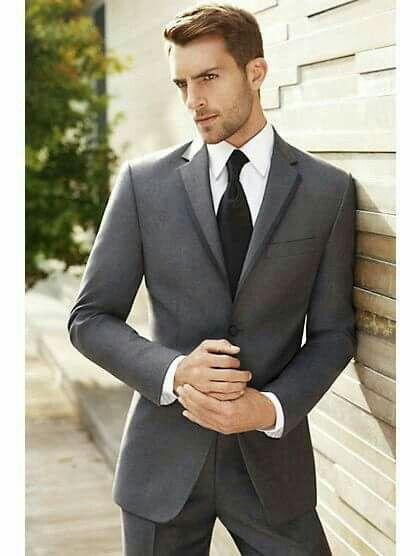 traje de novio gris