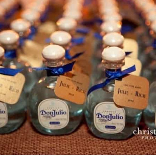 Botellas don julio blanca en miniatura. - 1