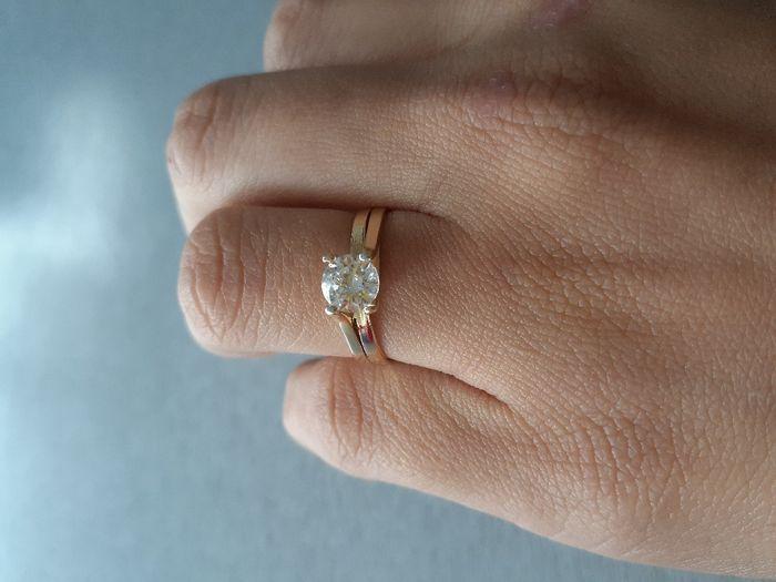 Hubiera elegido otro anillo de compromiso: ¿V o F? 7