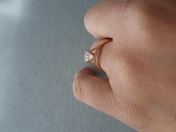 Hubiera elegido otro anillo de compromiso: ¿V o F? 8