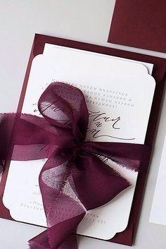 Invitaciones color vino