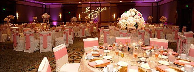 Hermosa Decoracion En Dorado Y Rosa Para Salon Fotos