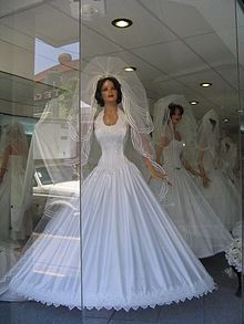 Calle vestidos de novia centro df