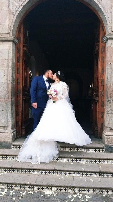 Muestren su beso favorito con su Fm/esposo 11
