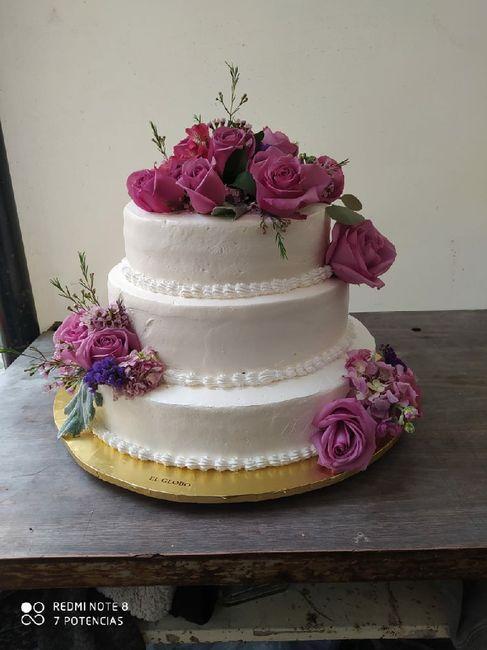 5 pasteles de boda con flores 7