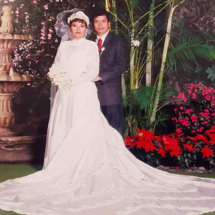 ¿Tienes algun foto de la boda de tus papás? - 1