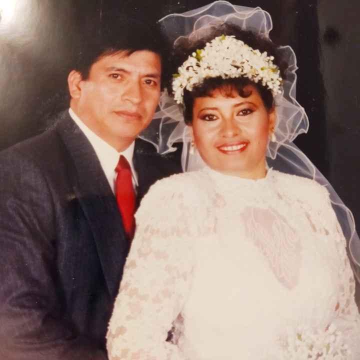 ¿Tienes algun foto de la boda de tus papás? - 3