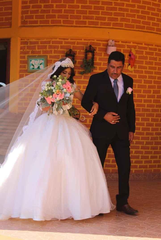 a 18 días de la boda les dejo mis fotos del gran día.🤍 - 3